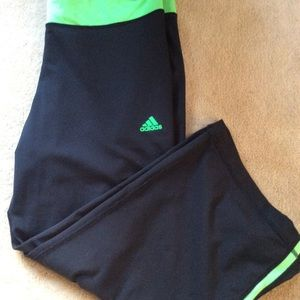 Adidas work out Capri pants